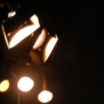 fond ecran 060627 projecteurs bazas