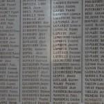 fond ecran 090310 monument aux morts bazas