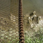 fond ecran 101224 passerelle boue bords garonne saint-macaire